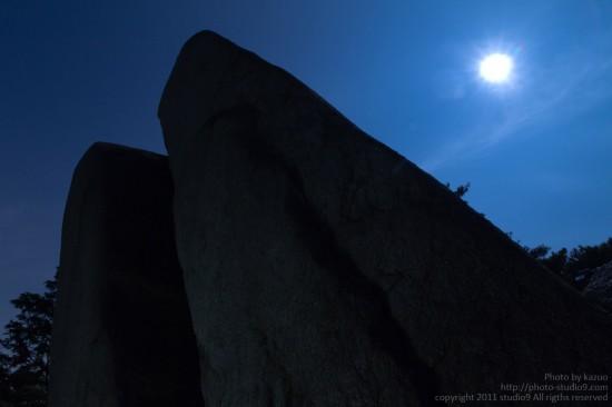 月夜の御在所に登ってきた。(おばれ岩)