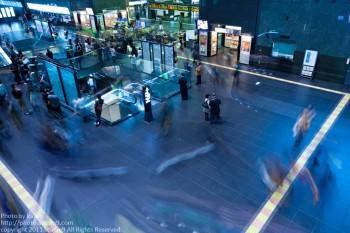 カメラだから切り取れる、京都駅の一面。
