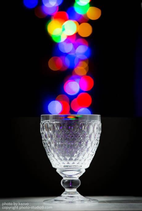 ガラスのワイングラス