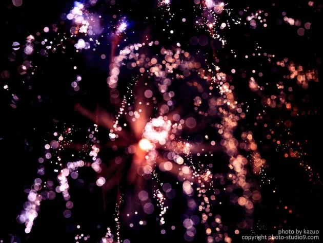 アートな花火の撮り方 ピントを動かす