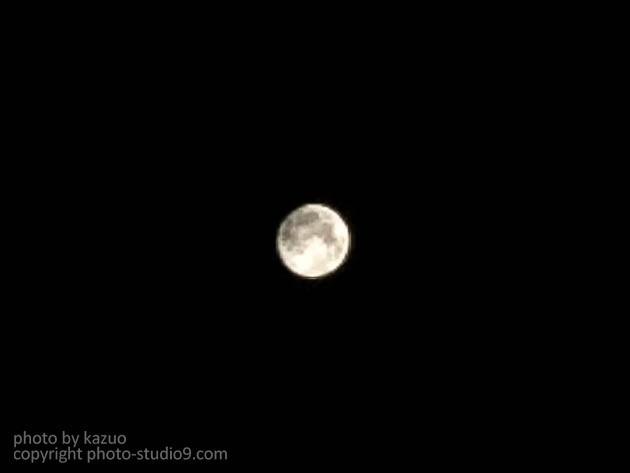 iPhoneで月を撮る
