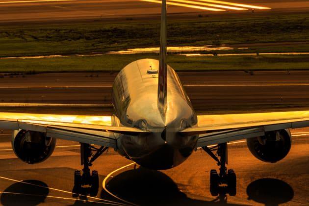 JL 777-200 HND