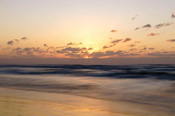 千里浜夕陽スローシャッター2